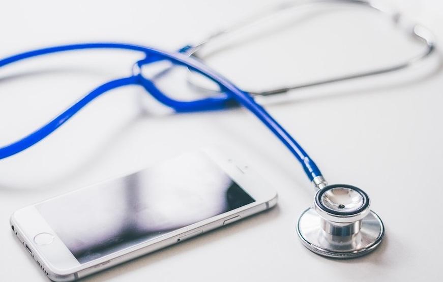 La digitalisation des essais cliniques et l'exigence d'apparition de nouvelles expertises